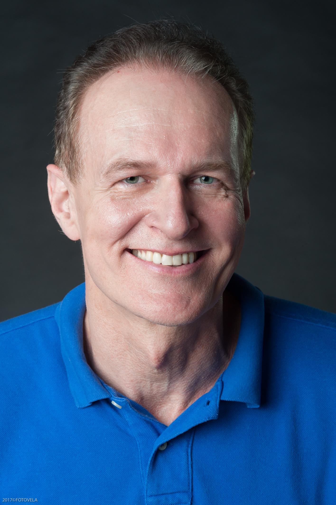 Dr. Ruud Valks, dermatólogo